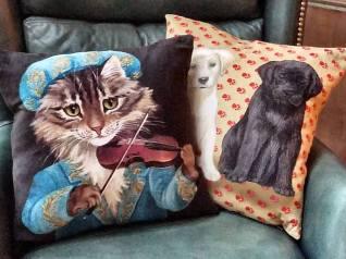 cat-dog-pillows_mygrandmotherslace